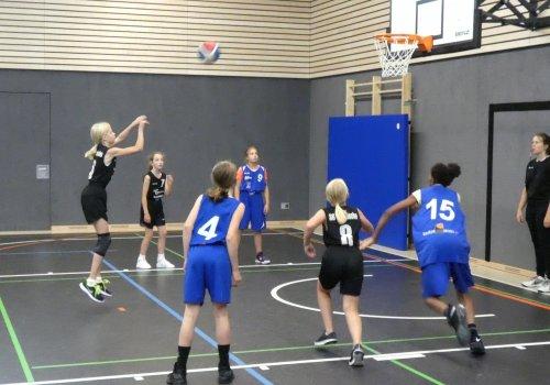 U12 Mädchen des OTB beginnen Saison mit 42:111 Sieg in Bramsche